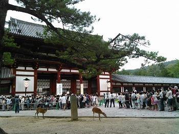 2015.08.15 東大寺万燈供養 (15).jpg