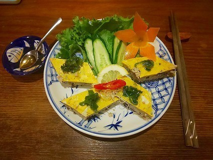 コムゴン ② 海老と挽肉のふわふわ卵蒸し580別 (4).jpg