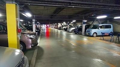 西武  駐車場 (3).jpg