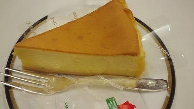 イノダコーヒ大丸  チーズケーキ.jpg