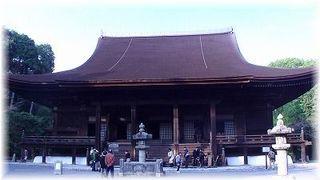 m-三井寺3 (金堂全体).jpg